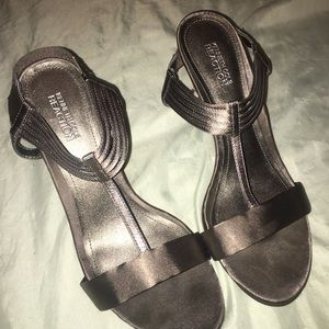 Kenneth Cole Reaction High Heels